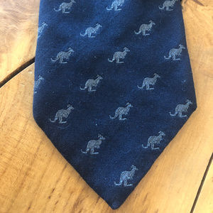 80s Australian Kangaroo Neck Tie Wallaby Animal